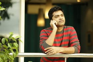 Thatrom Thookrom director clarifies on Simbu song