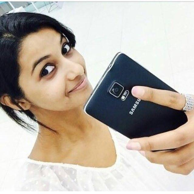 Actress Priya Bhavani Shankar Latest Photo Stills: Actress Priya Bhavani Shankar Stills