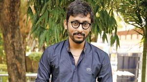 RJ Balaji feels funny when watchi AL Vijay's Karu trailer
