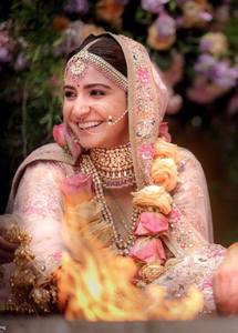 Anushka Sharma wedding shoot images.