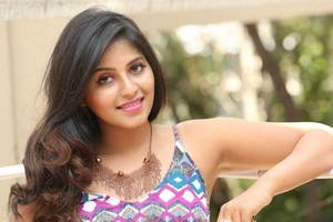 Actress Anjali sings her next song