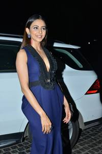 Rakul Preet Singh Smiley Photos.
