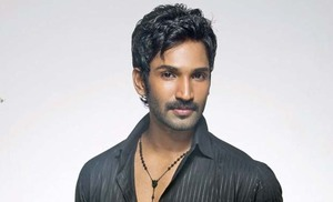 Actor Aadhi makes announcement on next movie
