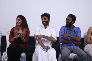 Vada Chennai Press Meet Stills