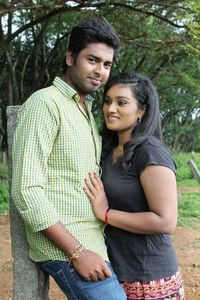Kadhal Pradesam Latest Images.