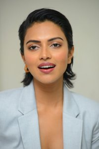 Amala Paul Stunning Images.