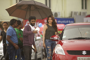 Comali New Stills.