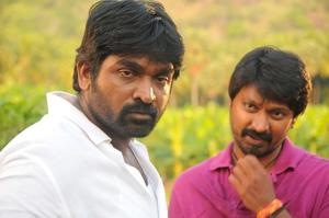 Vanmam Tamil Movie Stiils - Kresha, Vijay Sethupathi